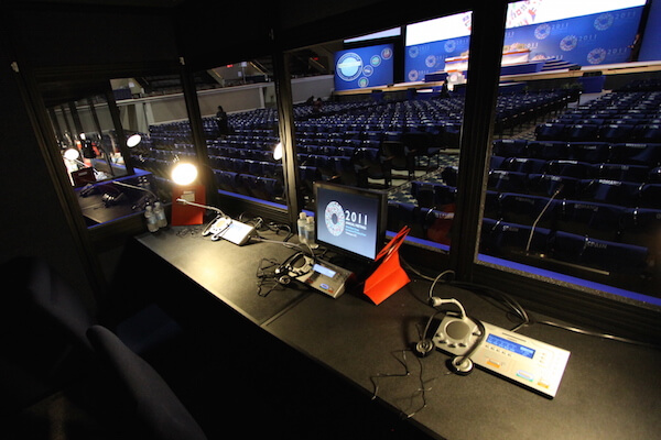 Choosing the RIGHT vendor for Simultaneous Interpretation Equipment